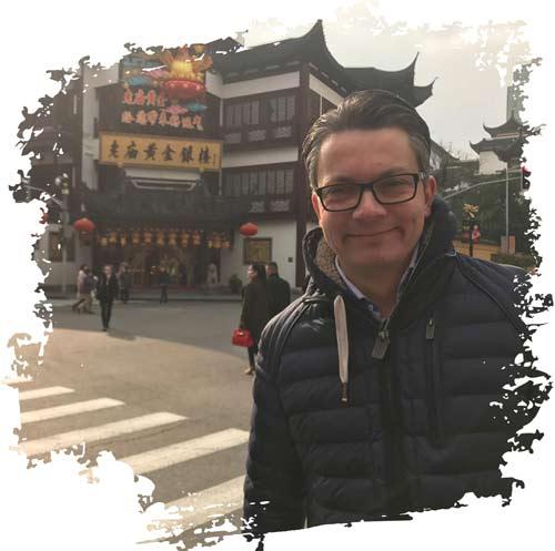 Damian in Schanghai