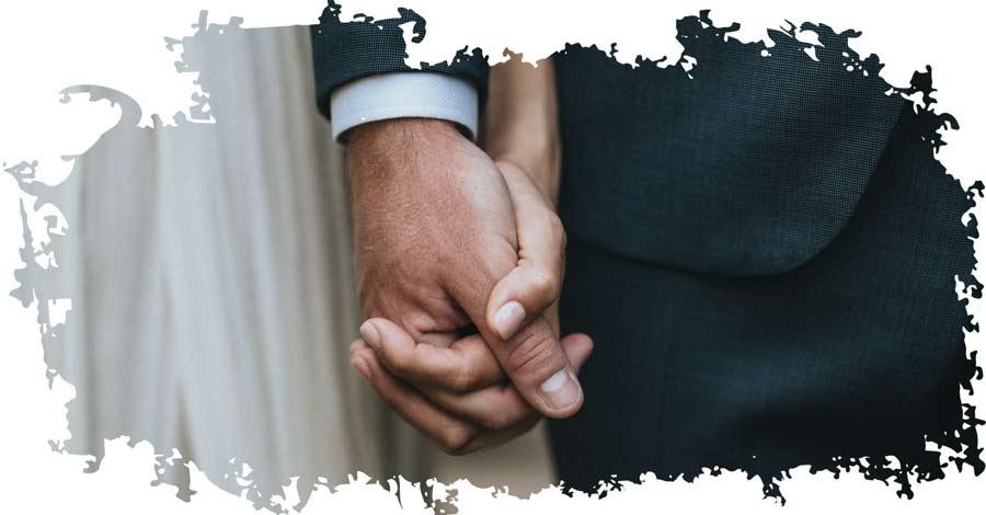 Brautpaar entscheidet sich für die ewige Liebe